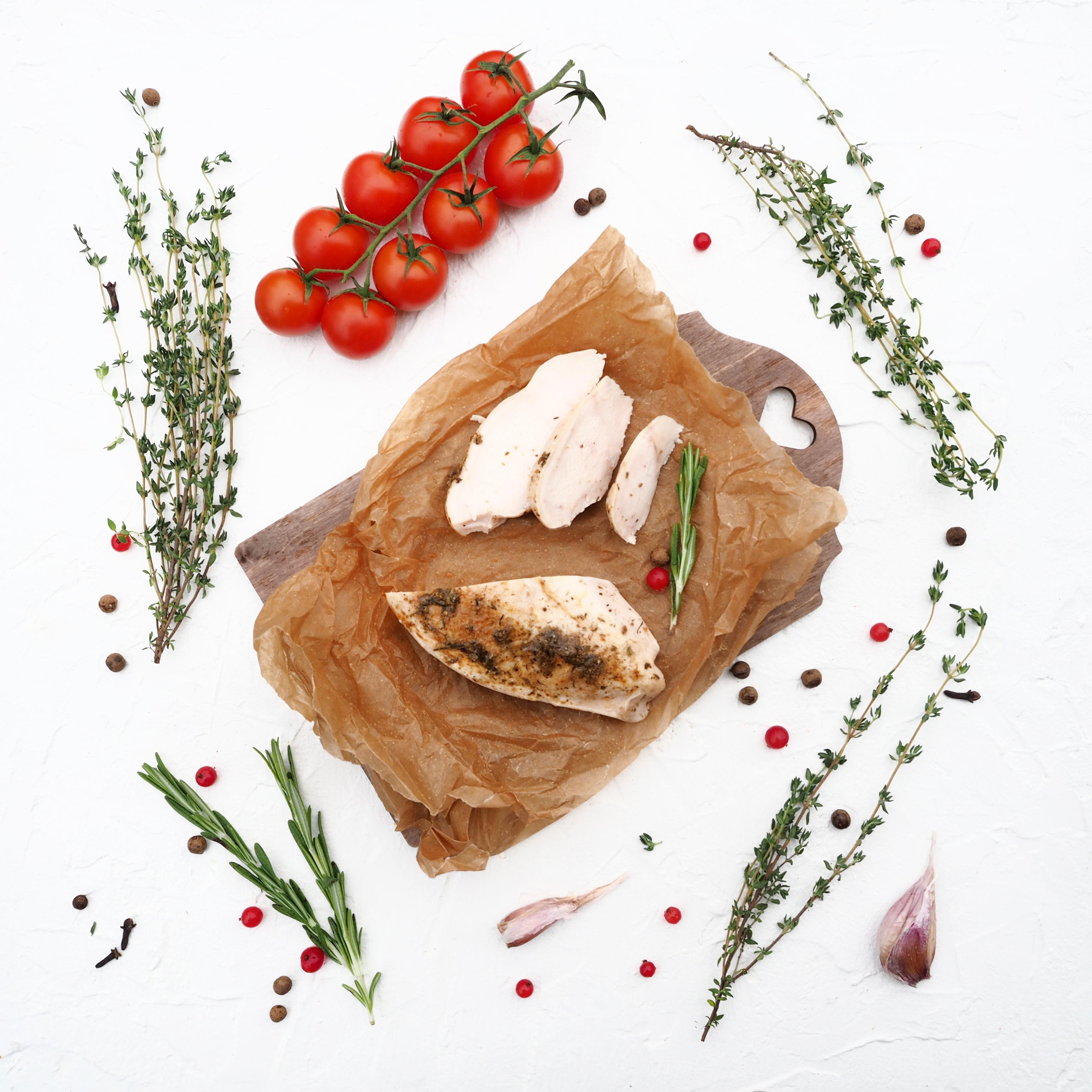 Запечённое филе куриной грудки с кавказскими травами (1 шт., 182 г)