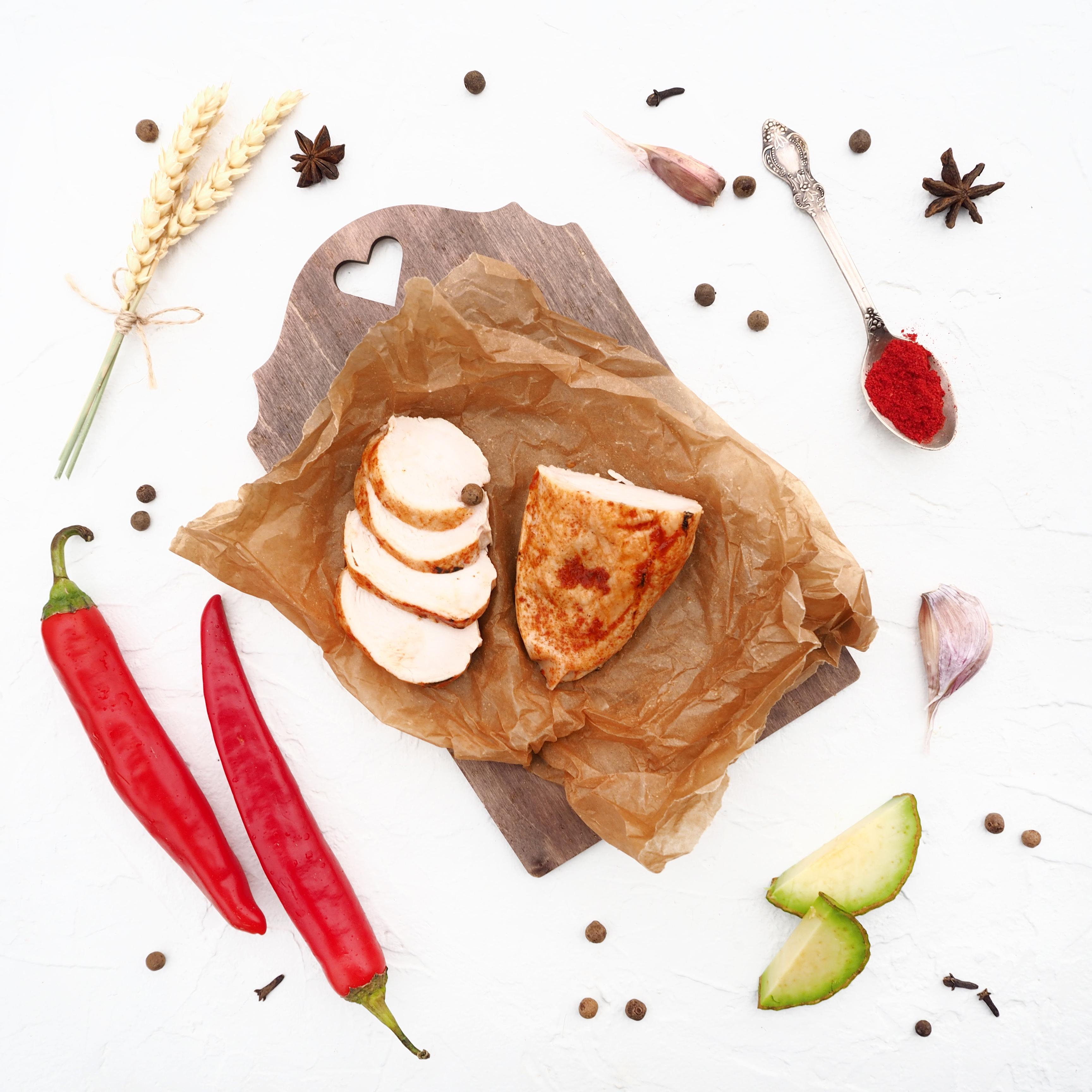 Запечённое филе куриной грудки с кайенским перцем и копчёной паприкой (1 шт., 182 г)